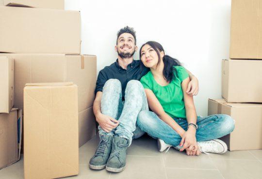 Più di metà millennials compra casa aiutato dai genitori
