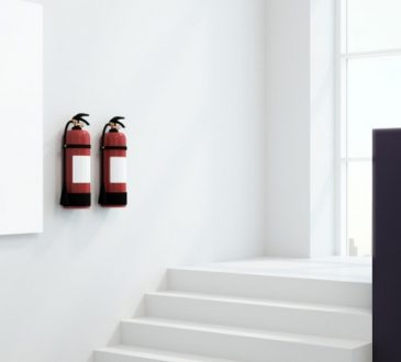 Adeguamento alla normativa antincendio di oltre 2.000 scuole.