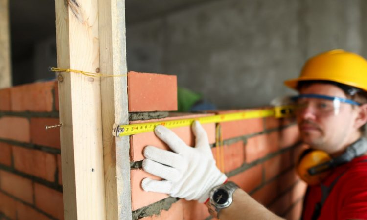 """La """"Politica"""" estende la definizione di ristrutturazione edilizia"""