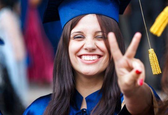 Lauree Abilitanti: niente più esame di Stato e tirocinio?